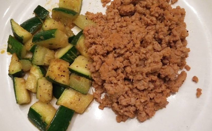 dinner. Simple ground turkey with grilled zuchinni. Yum. #fitness #snack #healt …